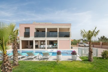Luxury villa Elypso with Pool, Vir - island Vir