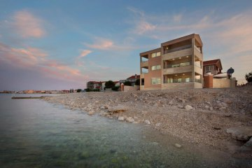 Luxury apartments Limau, Vir - island Vir