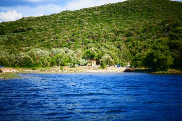 Secluded house Brik, Bay Soline - island Pasman