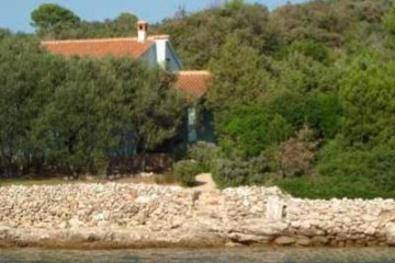 Holiday cottage Solitudo, Bay Golubovac - island Rava